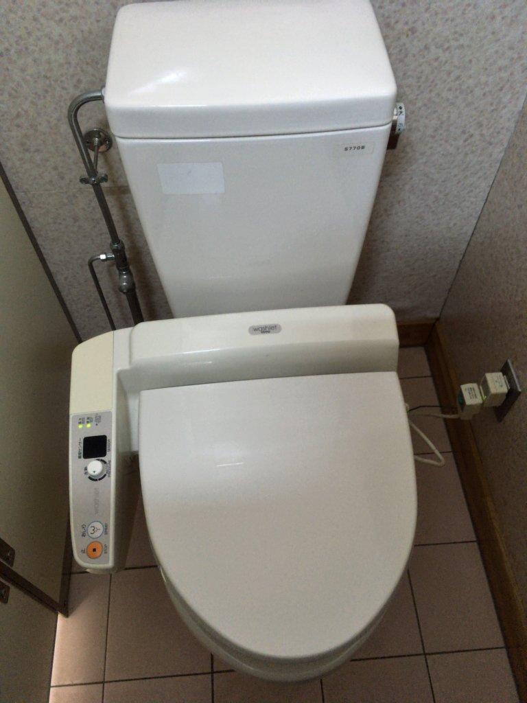 まあぶオートキャンプ 管理人室 トイレ2