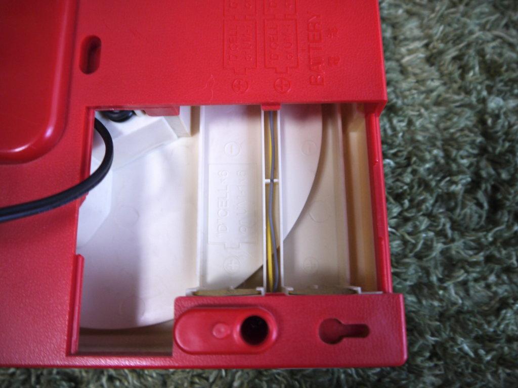 GP−3 レコードプレイヤー 電池