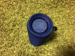 JBL bluetooeh スピーカー FLIP4 パッシブラジエーター