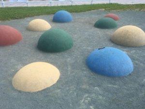 明日風公園 飛び石